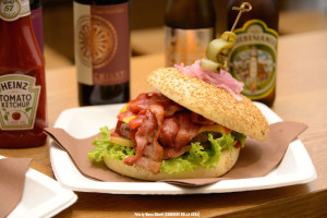 MU Italian Finest Burger in via Paolo Sarpi