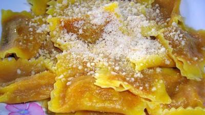 tortelli di zucca: dolci, salati un po' piccanti